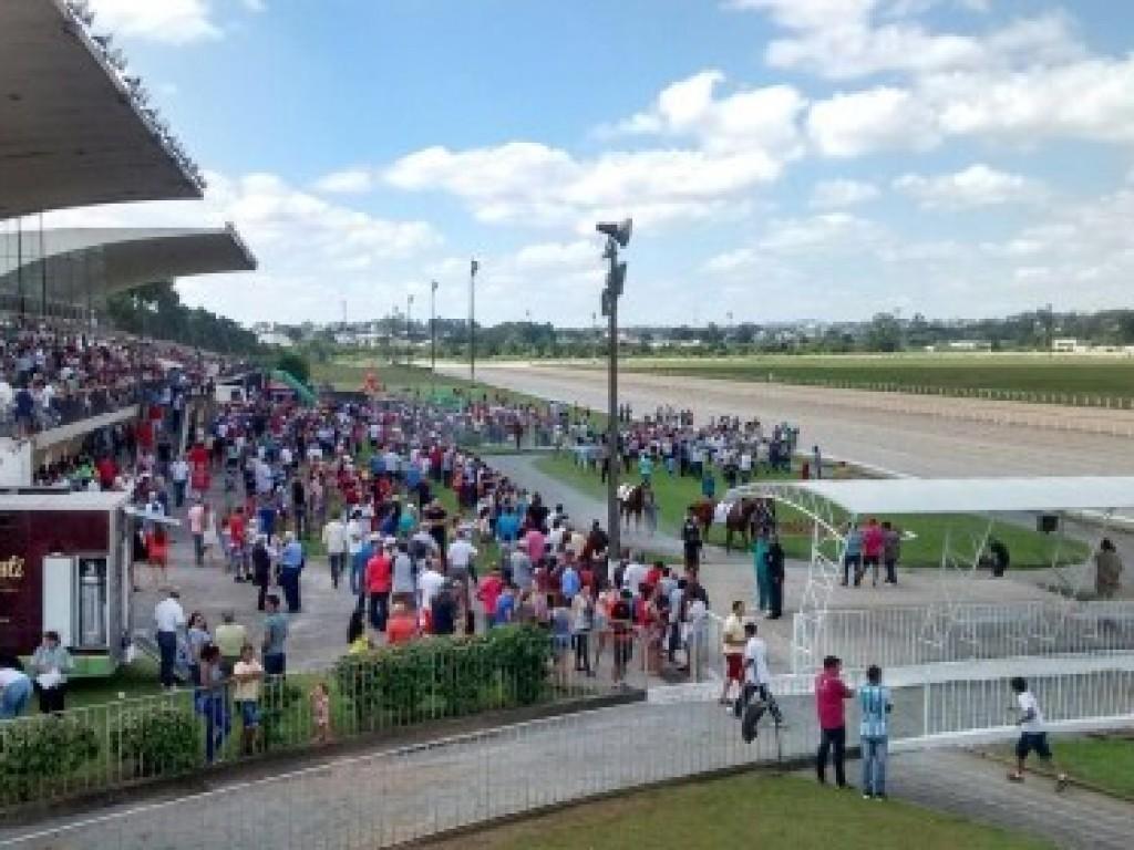 Jockey Club do Paraná divulga programação clássica de 2019